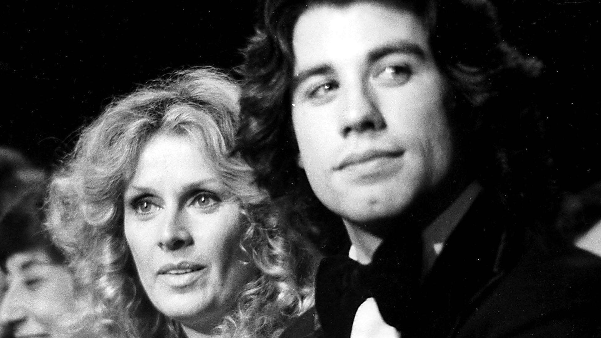 John Travolta y Diana Hyland en una de sus apariciones públicas. | Foto: Shutterstock