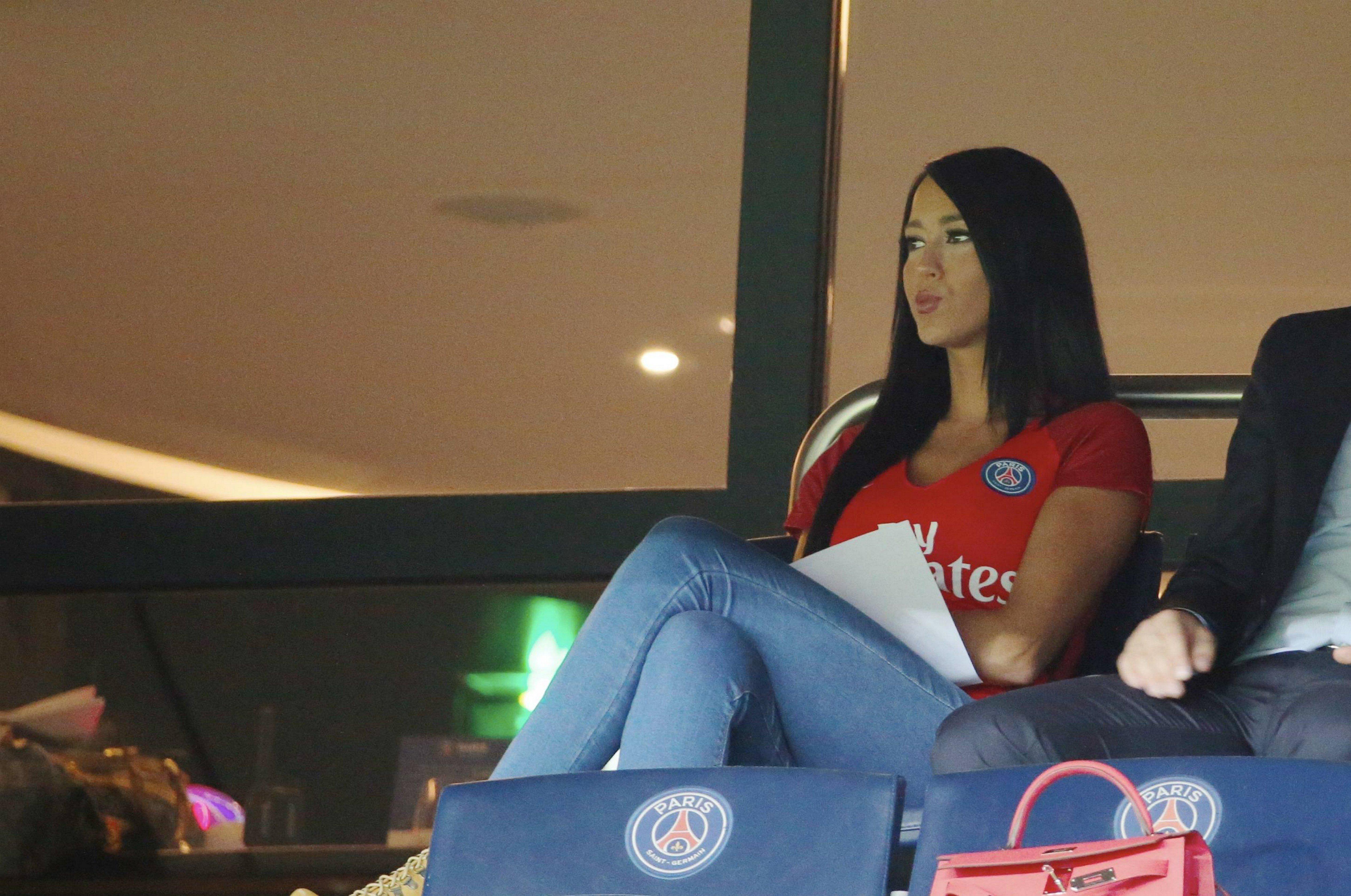 Aurah Ruiz en partido de la Liga 1 de Francia entre el Paris Saint-Germain y el AS Saint-Etienne, en Parc des Prices, París, Francia, en septiembre de 2016 || Fuente: Getty Images