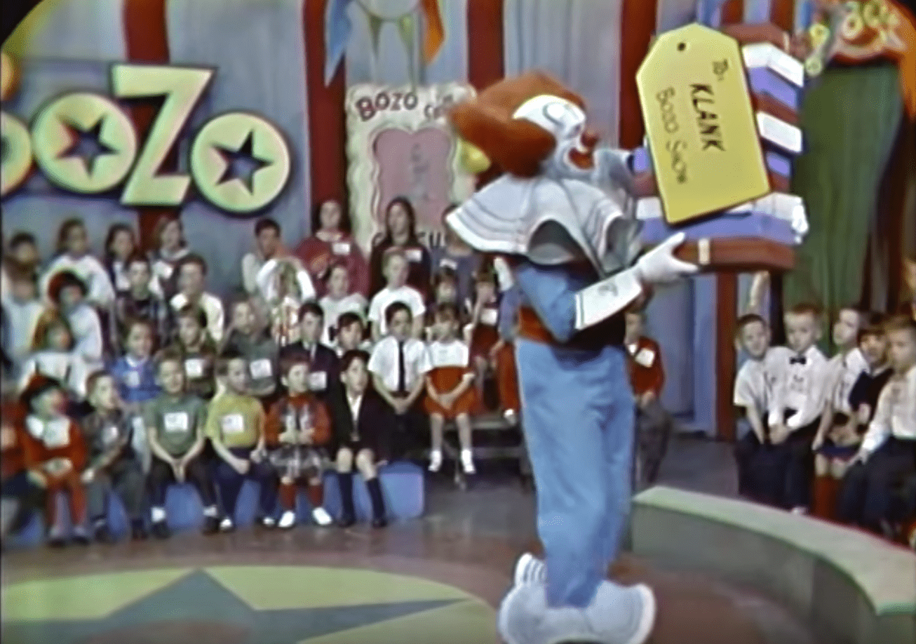 Frank Avruch portraying Bozo the clown on WHDH -TV Boston. | Source: YouTube/VintageTelevision
