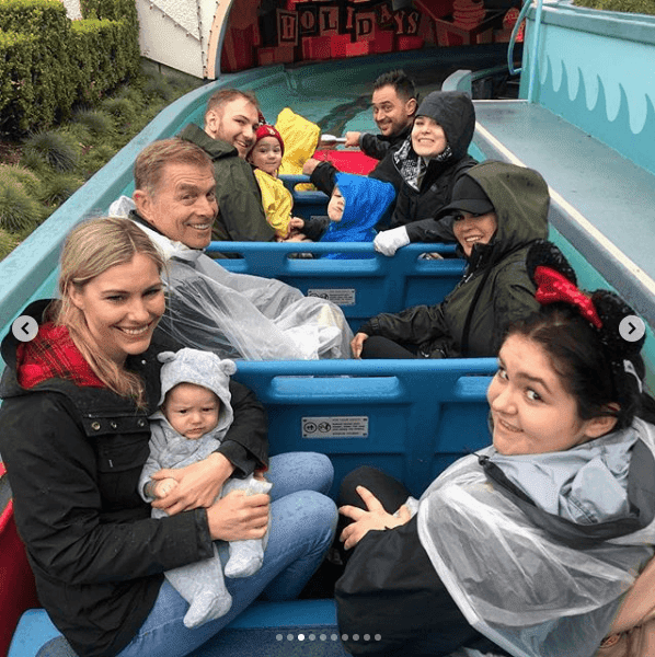 Osmond's family at Disneyland | Source: Instagram/@marieosmond