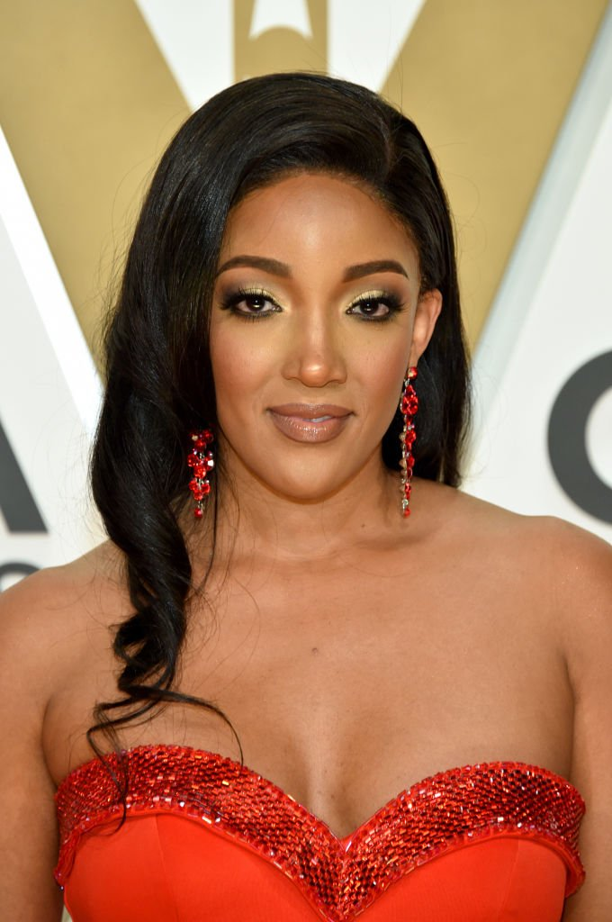 Rising country music star Mickey Guyton attends the 2019 Country Music Awards in Nashville. | Photo: Getty Images