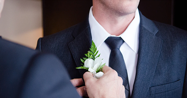 Man Roasted for Leaving His Sister's Wedding Early to Hook up with a Woman He Had Just Met