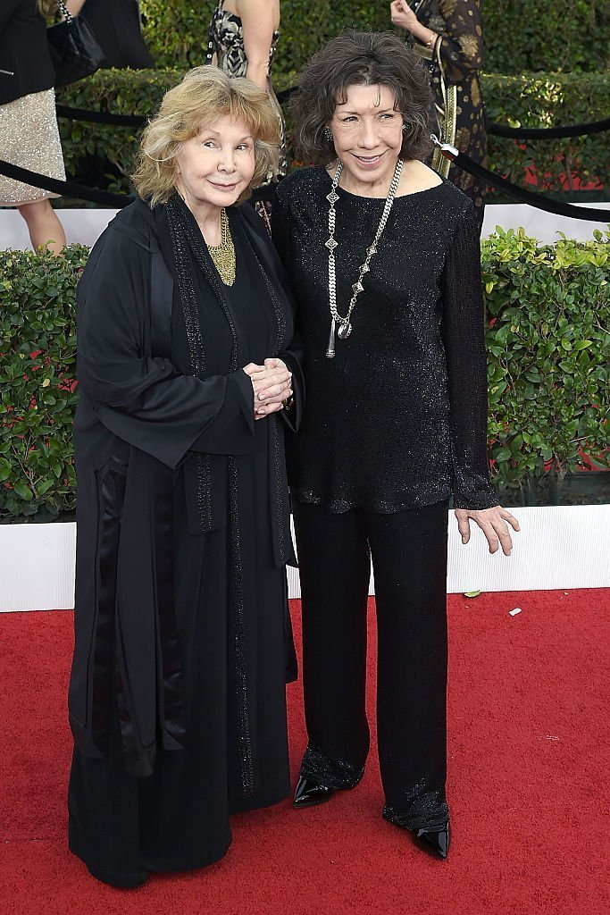 Jane Wagner und Lily Tomlin nehmen an den 23. Annual Screen Actors Guild Awards teil. | Quelle: Getty Images