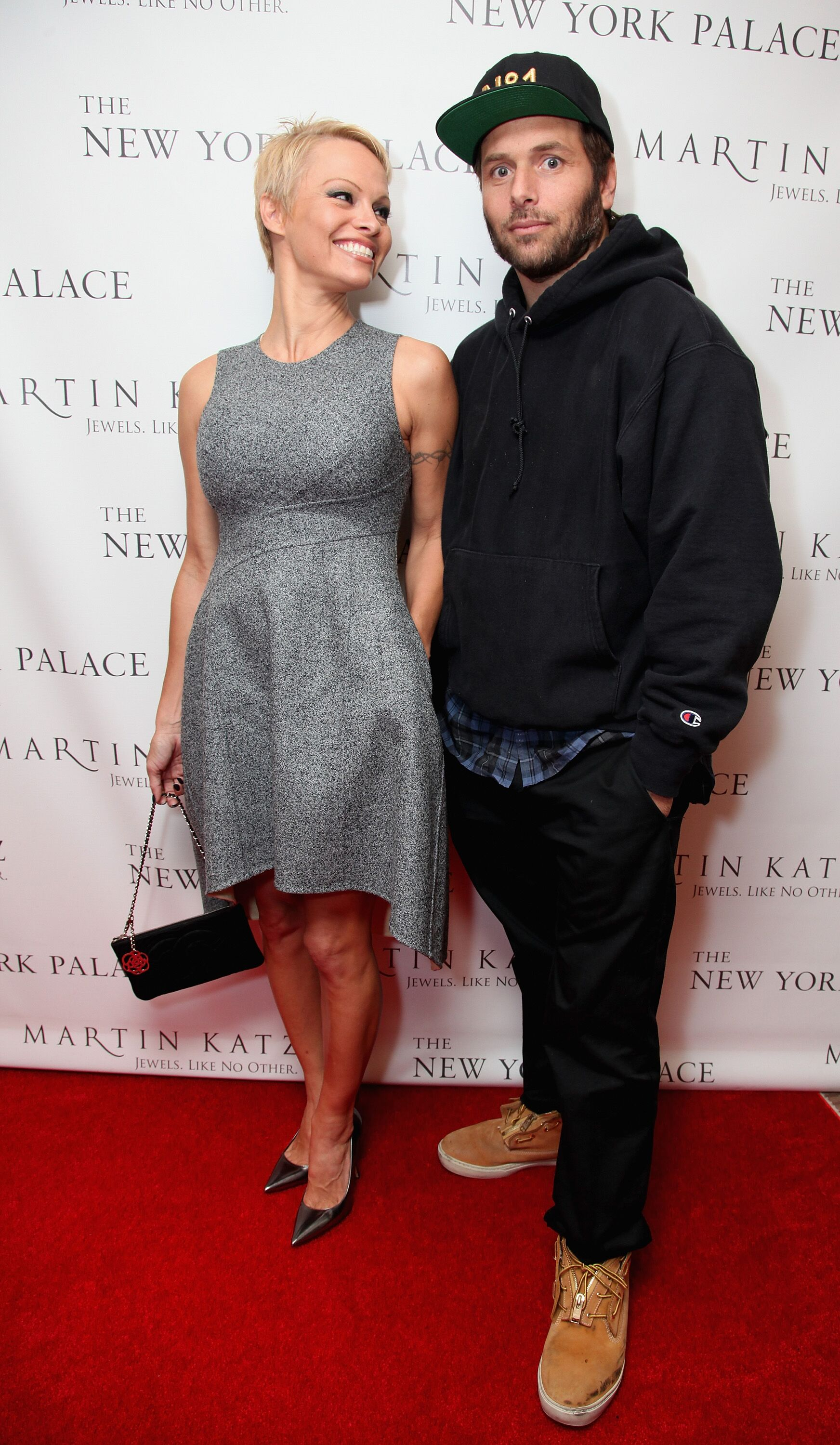 Pamela Anderson and Rick Salomon attend The Martin Katz Jewel Suite Debuts At The New York Palace Hotel. | Source: Getty Images