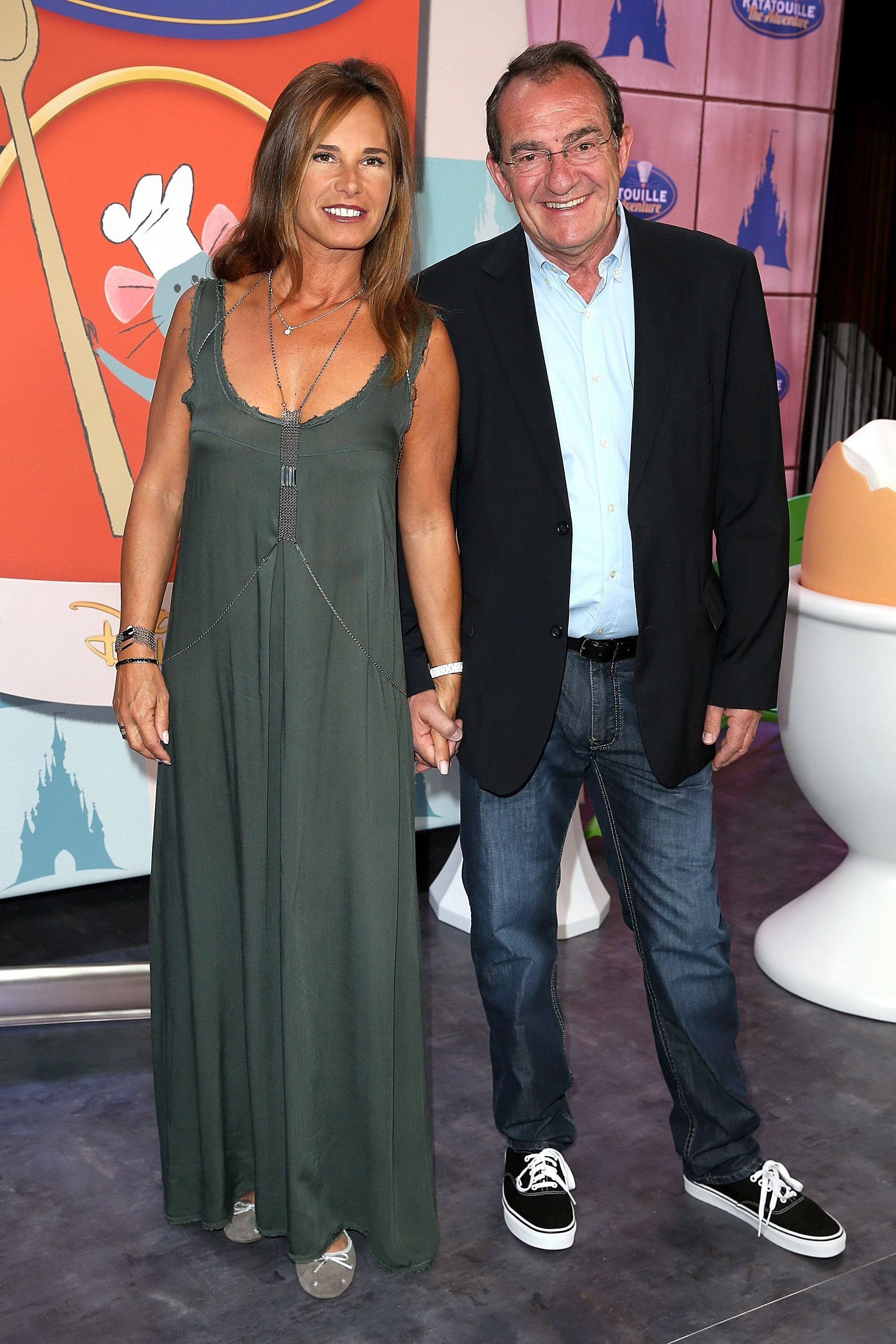 Nathalie Marquay et Jean Pierre Pernaut assistent au lancement de 'Ratatouille:The Adventure' à Disneyland Resort Paris à Paris, France.  | Photo : Getty Images