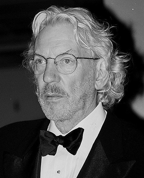 Donald Sutherland, 1991. | Source: Wikimedia Commons