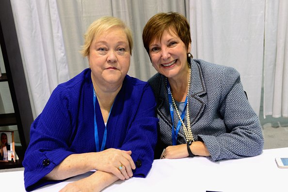 Kathy Kinney and Cindy Ratzlaff at Boston Convention & Exhibition Center on December 4, 2014 in Boston, Massachusetts. | Photo: Getty Images