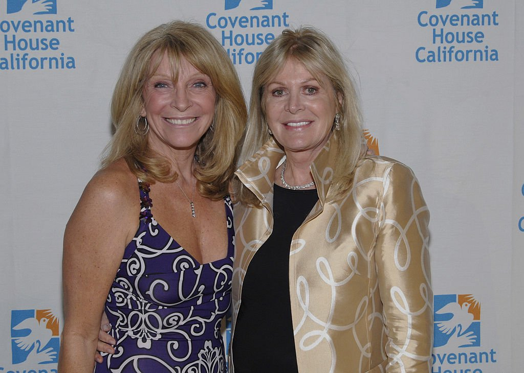 Bonnie Lythgoe and Elaine Trebek-Kares at the 10th Annual Covenant House California's Awards Gala on June 5, 2009 in Beverly Hills | Photo: Getty Images