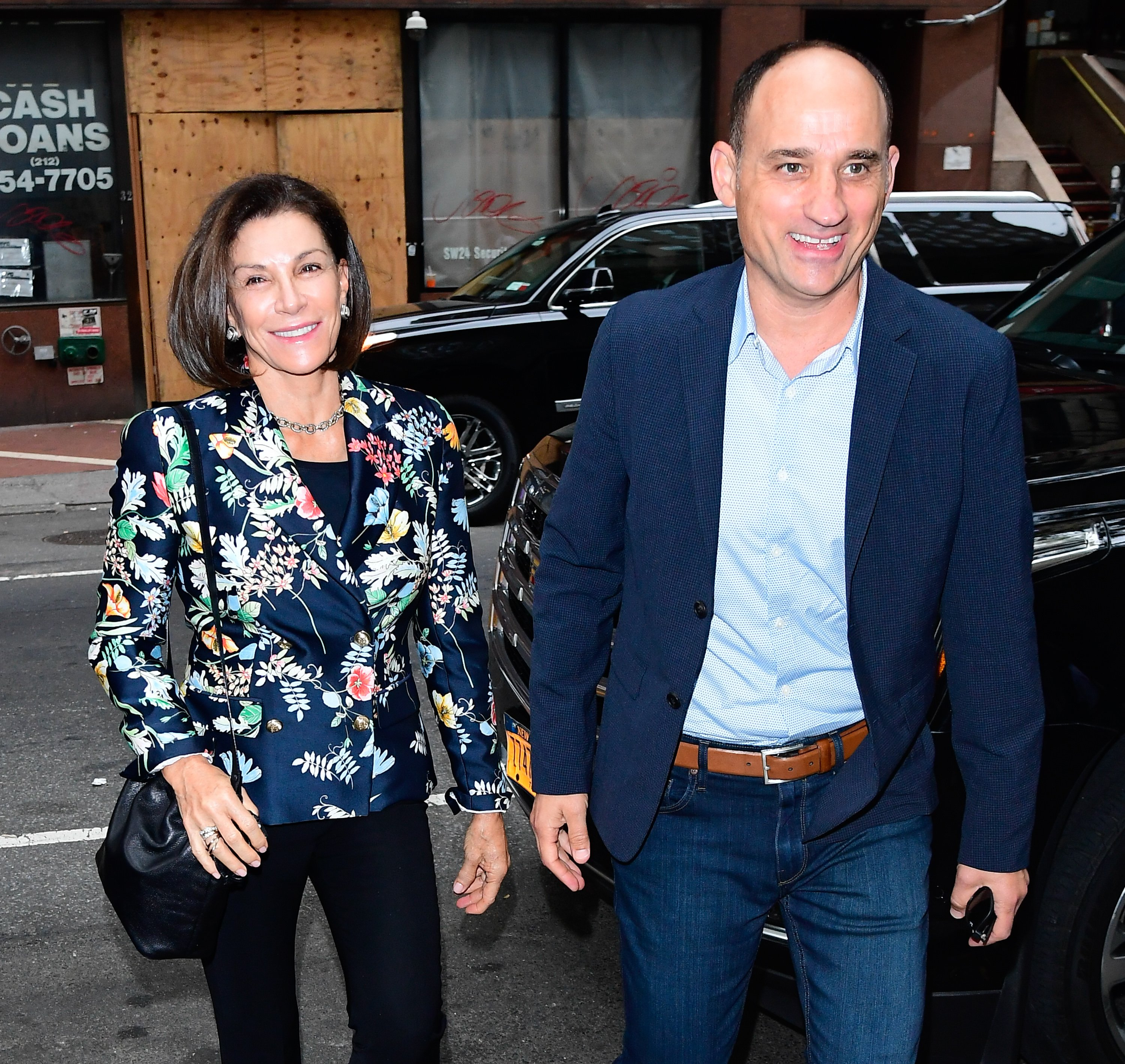 """Hilary Farr and David Visentin outside the """"Today"""" show studio in 2019 in New York 