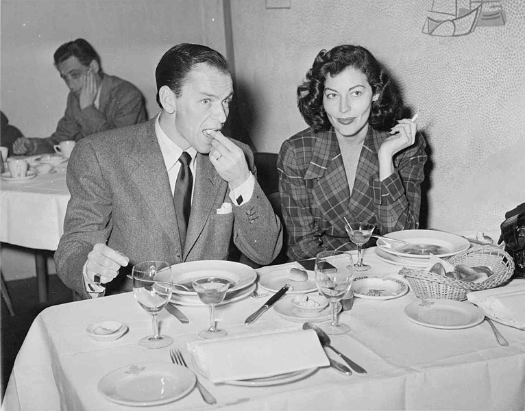 Frank Sinatra and Ava Gardner in Amsterdam, 1951. | Source: Wikimedia Commons