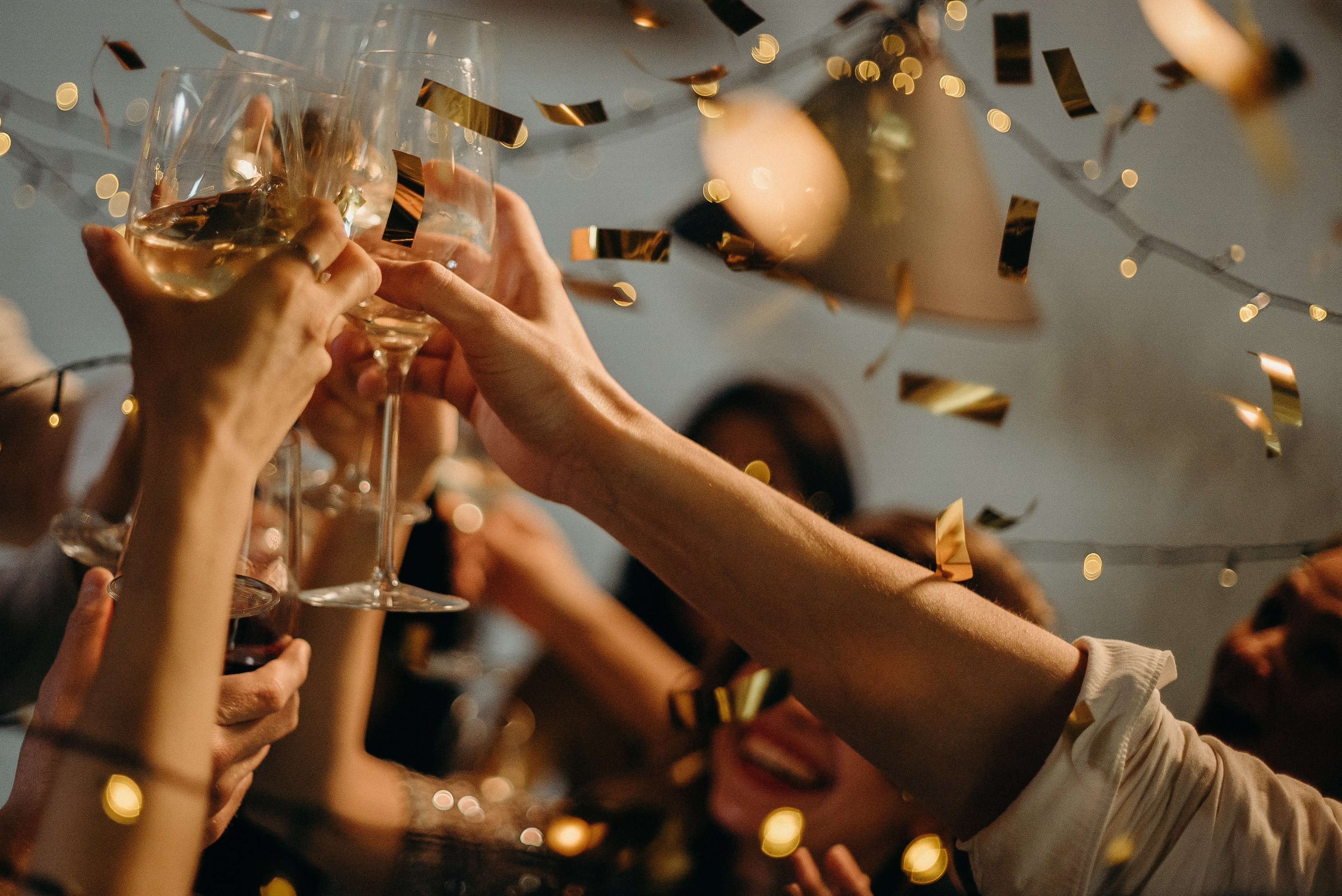 Everybody was having fun at the wedding party—especially me | Source: Pexels