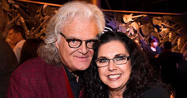 L'histoire d'amour inspirante des légendes de la musique Ricky Skaggs et Sharon White