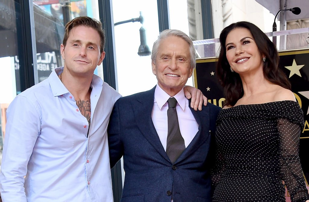 Cameron Douglas, Michael Douglas, and Catherine Zeta-Jones pose at the Michael Douglas Star On The Hollywood Walk Of Fame ceremony in Hollywood, California | Photo: Getty Images