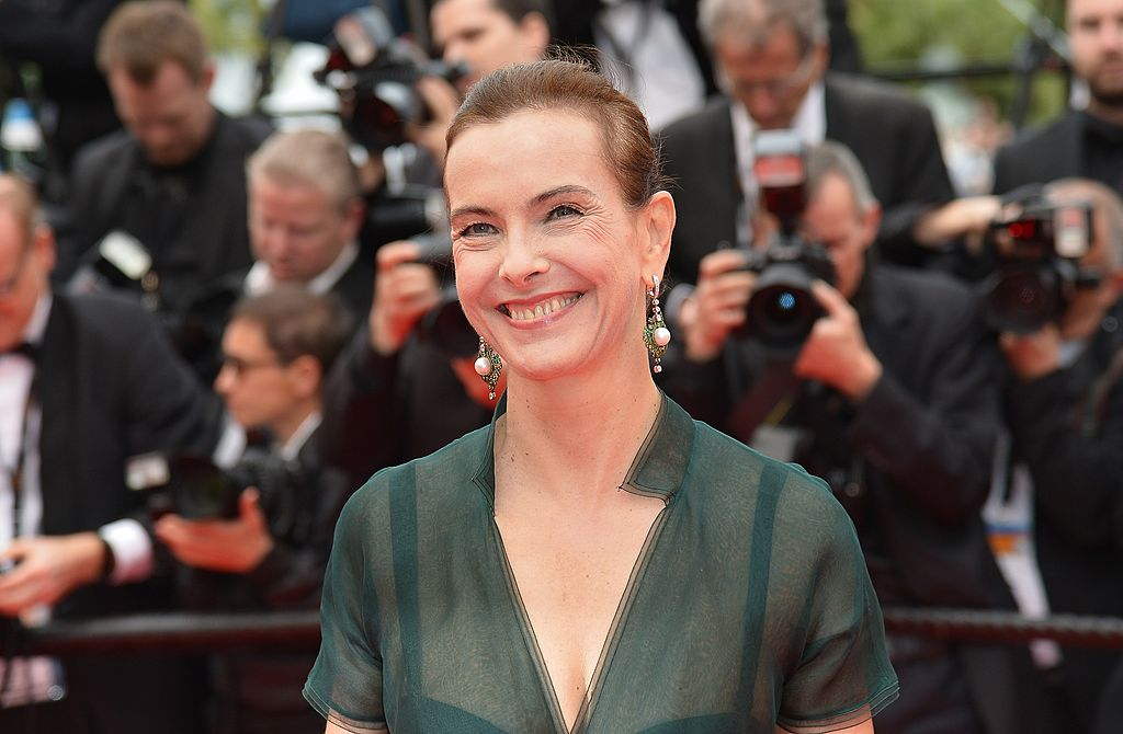 "Carole Bouquet, actrice française et membre du Jury des longs métrages, pose à son arrivée pour la projection du film ""Foxcatcher"" lors de la 67ème édition du Festival de Cannes à Cannes, dans le sud de la France, le 19 mai 2014. 