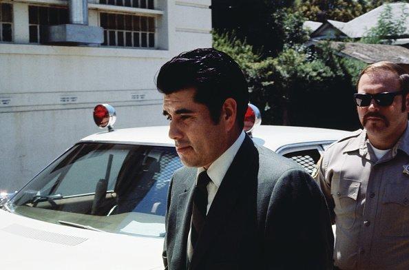 Juan Corona dejando la Corte. | Imagen: Getty Images