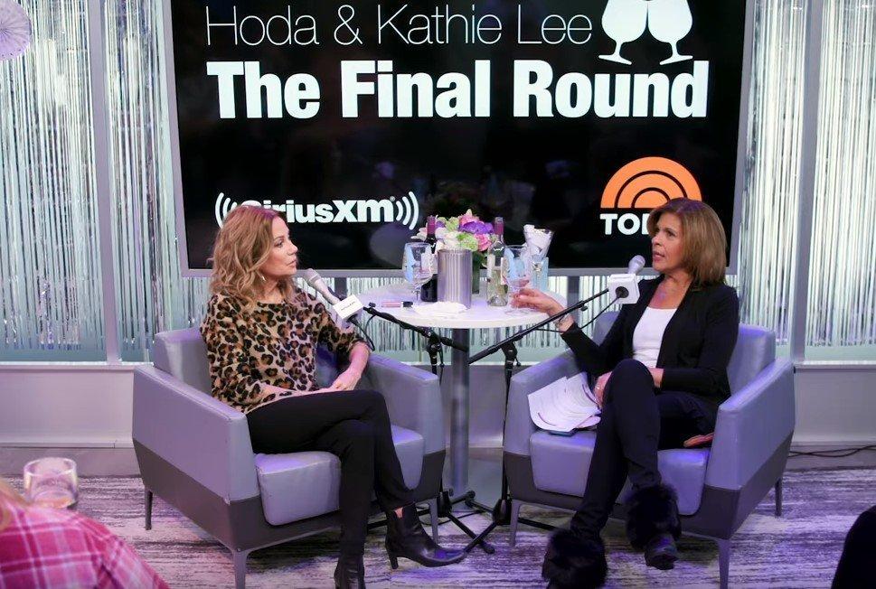 "Kathie Lee Gifford and Hoda Kotb having an interview at ""SiriusXM"" | Photo: YouTube/SiriusXM"