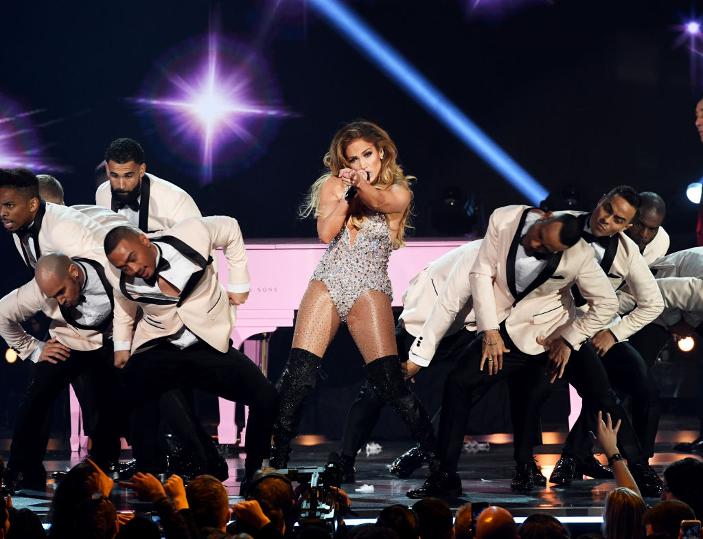 Jennifer Lopez Concert Evacuated Due to Power Outage in New York