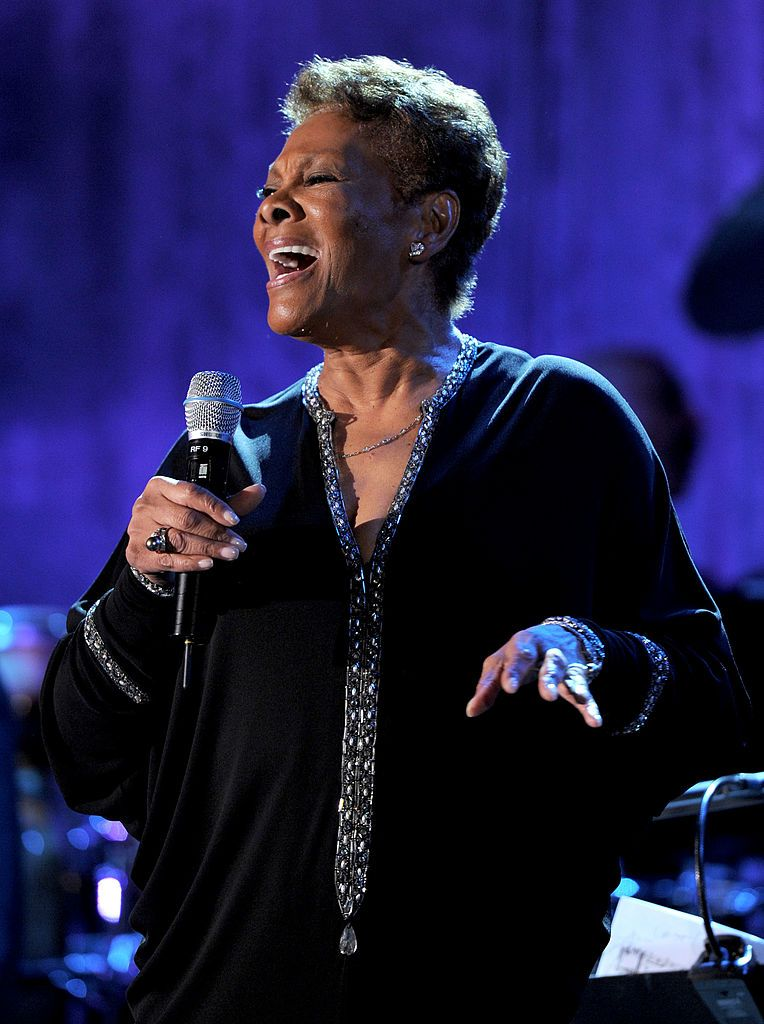 Dionne Warwick at the Pre-Grammy Gala and Salute To Industry Icons Honoring David Geffen on February 12, 2011, in Beverly Hills, California   Photo: Larry Busacca/Getty Images