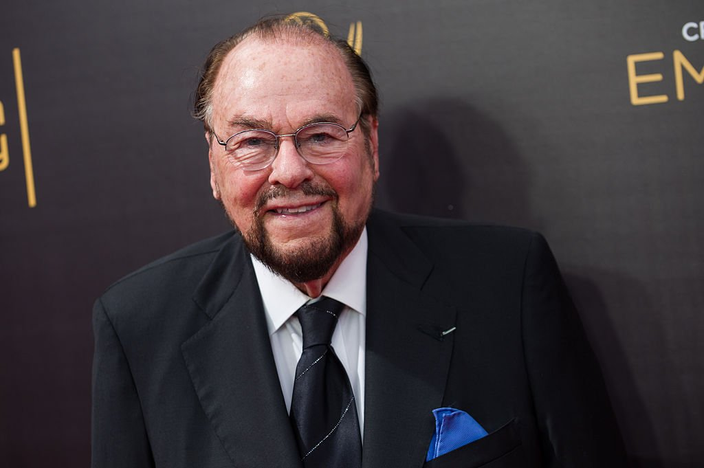 James Lipton arrive au Creative Arts Emmy Awards au Microsoft Theatre le 10 septembre 2016 à Los Angeles, Californie. | Photo : Getty Images