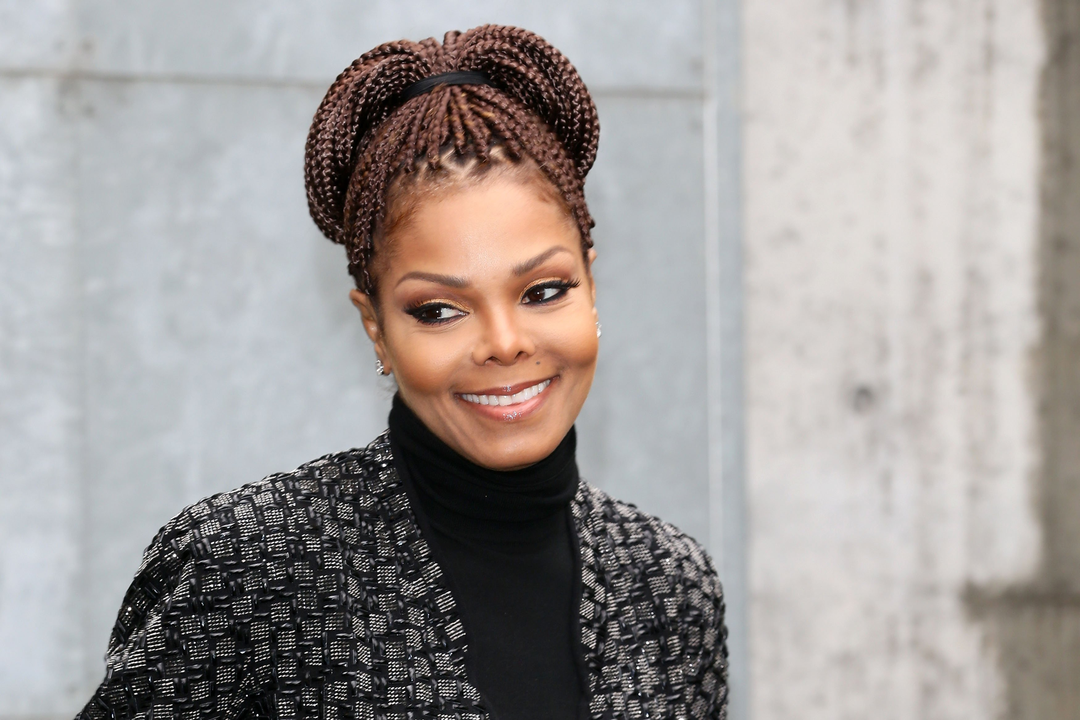 Janet Jackson at the Giorgio Armani fashion show in Milan, Italy on Feb. 25, 2014. |Photo: Getty Images
