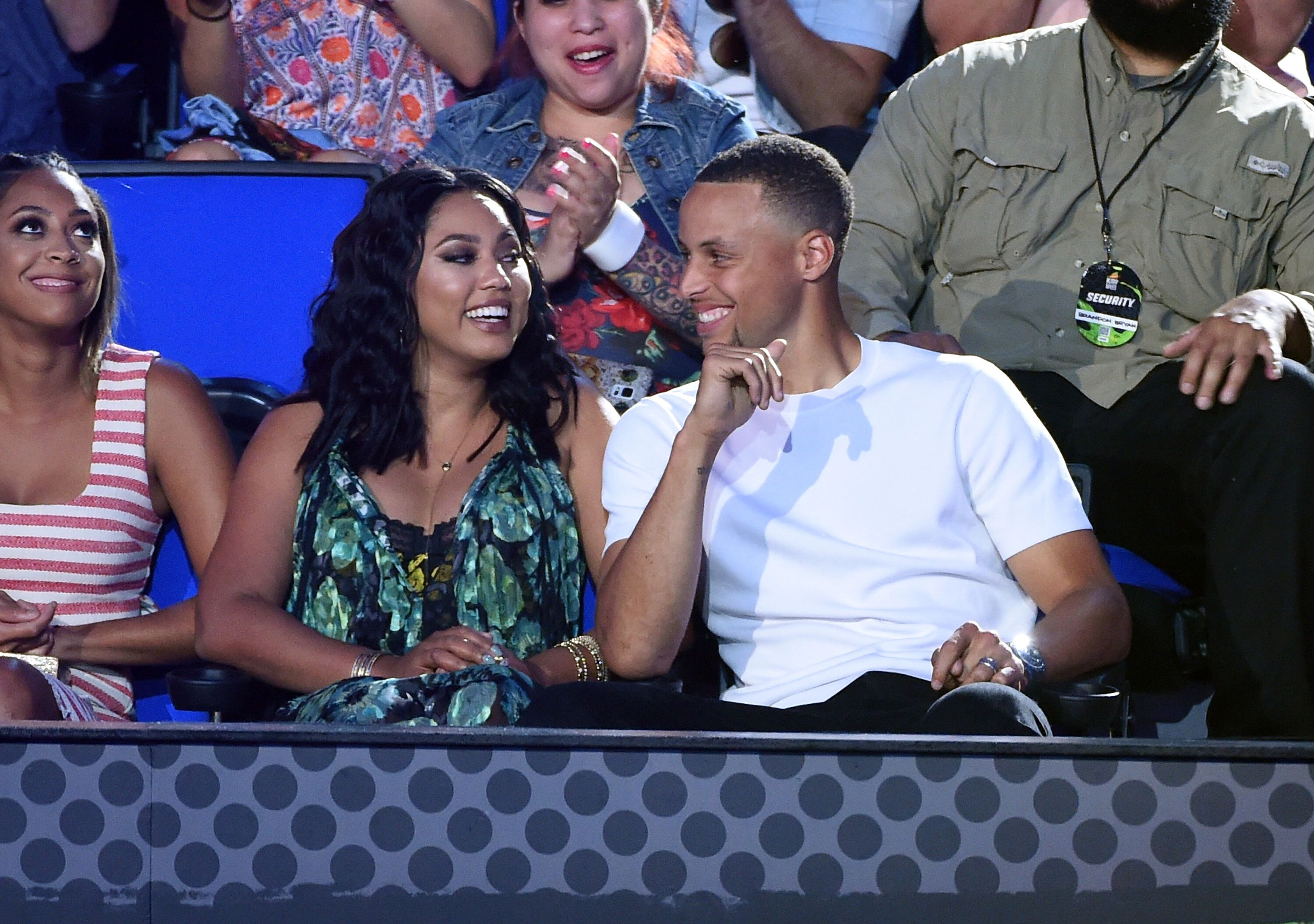 NBA player Stephen Curry and Ayesha Curry attend the Nickelodeon Kids' Choice Sports Awards 2016 at UCLA's Pauley Pavilion on July 14, 2016 | Photo: Getty Images