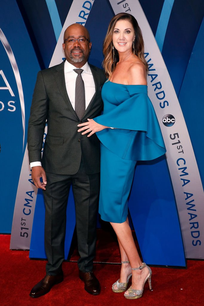 Darius Rucker and Beth Leonard attend the 51st annual CMA Awards on November 8, 2017 | Photo: Getty Images