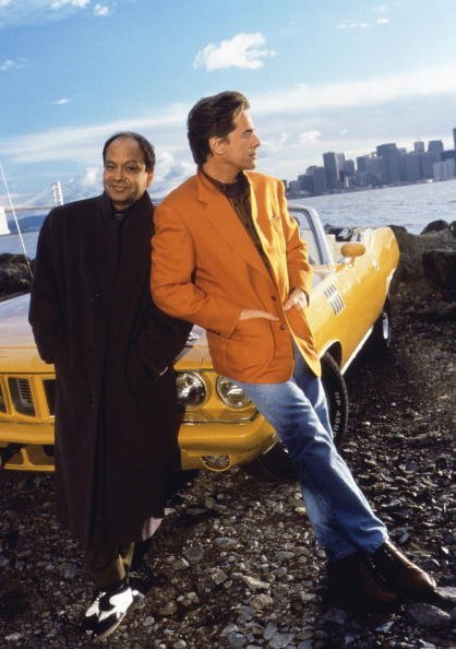Promotional portrait of American actors Cheech Marin and Don Johnson for the television series 'Nash Bridges,' San Francisco |  Photo: Getty Images