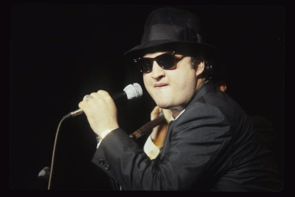 John Belushi aka Jake Blues of The Blues Brothers performs live at The Winterland Ballroom in 1978 in San Francisco, California | Photo: Getty Images