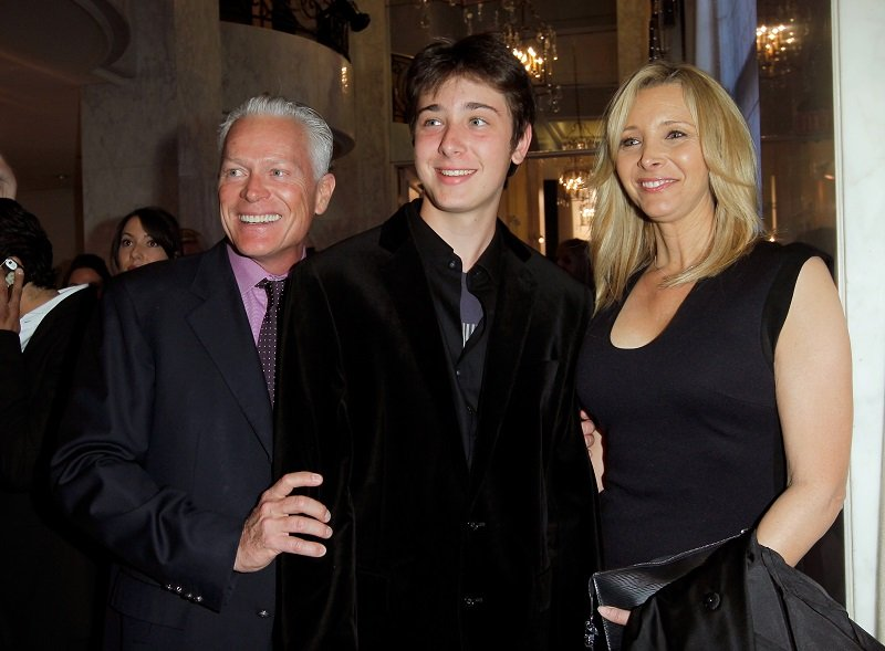 Michel Stern, Julian Murray Stern and Lisa Kudrow on May 2, 2013 in Beverly Hills, California | Photo: Getty Images