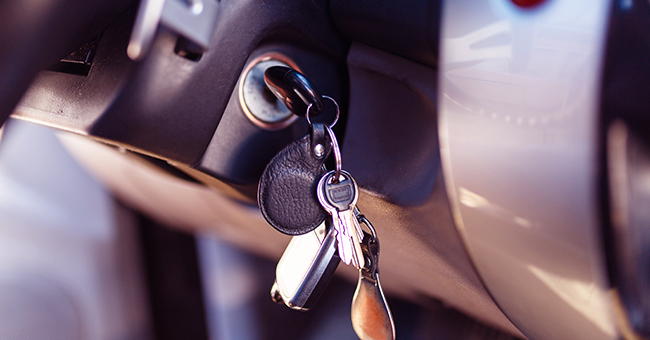 Daily Joke: Woman Can't Find Her Car Keys and Realizes That the Vehicle Was Stolen
