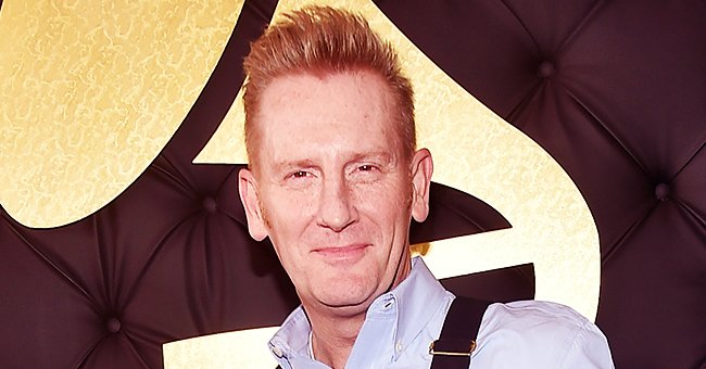 Rory Feek Warms Hearts with New Photo of Eldest Daughter Heidi Holding Her Youngest Sister Indiana
