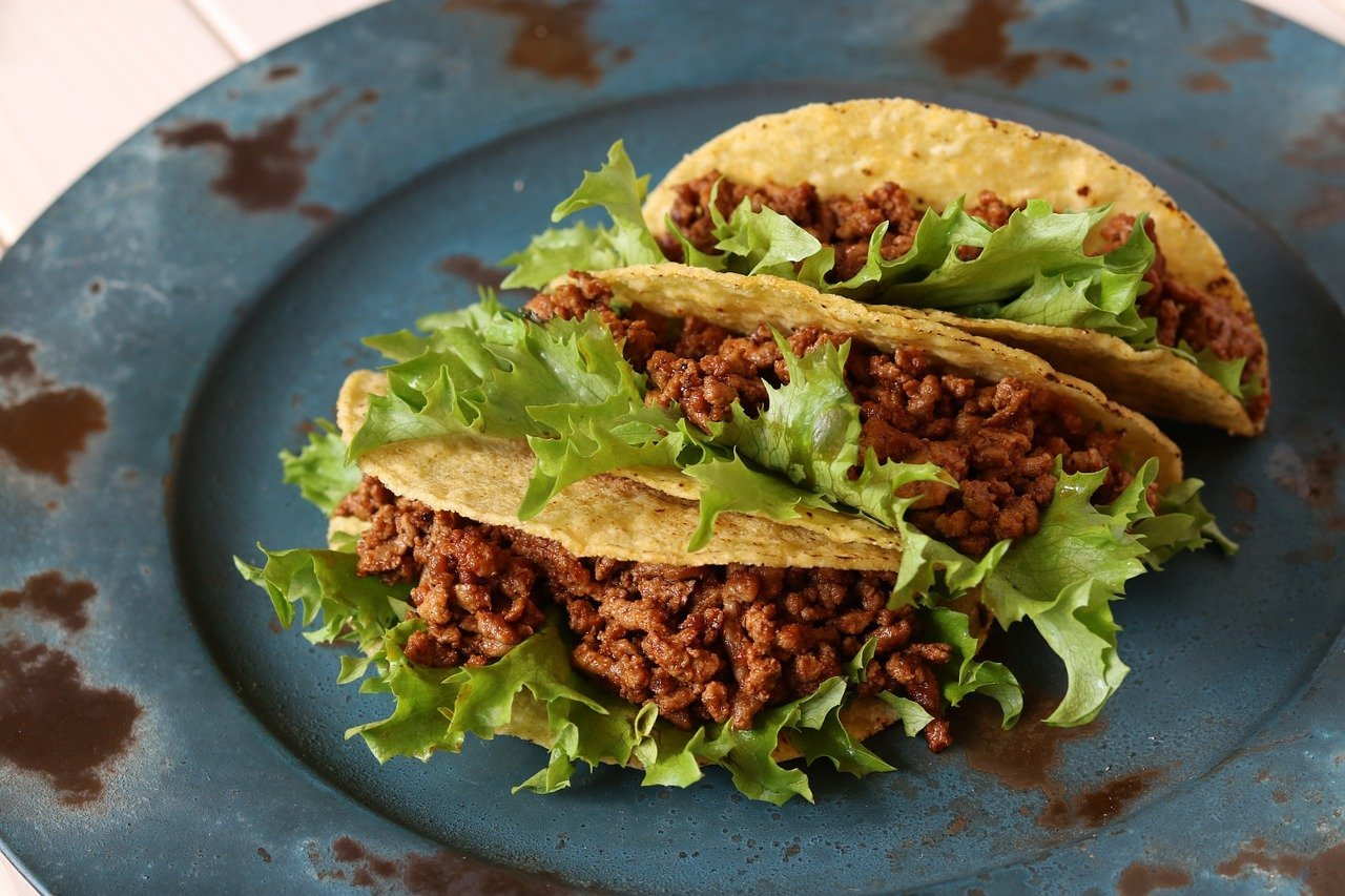 A plate of tacos. Image credit: Pixabay
