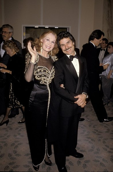 Katherine Helmond and Husband during 43rd Annual Golden Globe Awards at Beverly Hilton Hotel | Photo: Getty Images