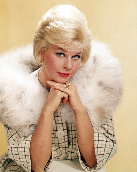 American actress Doris Day in a fur-trimmed coat, circa 1963. | Photo: Getty Images