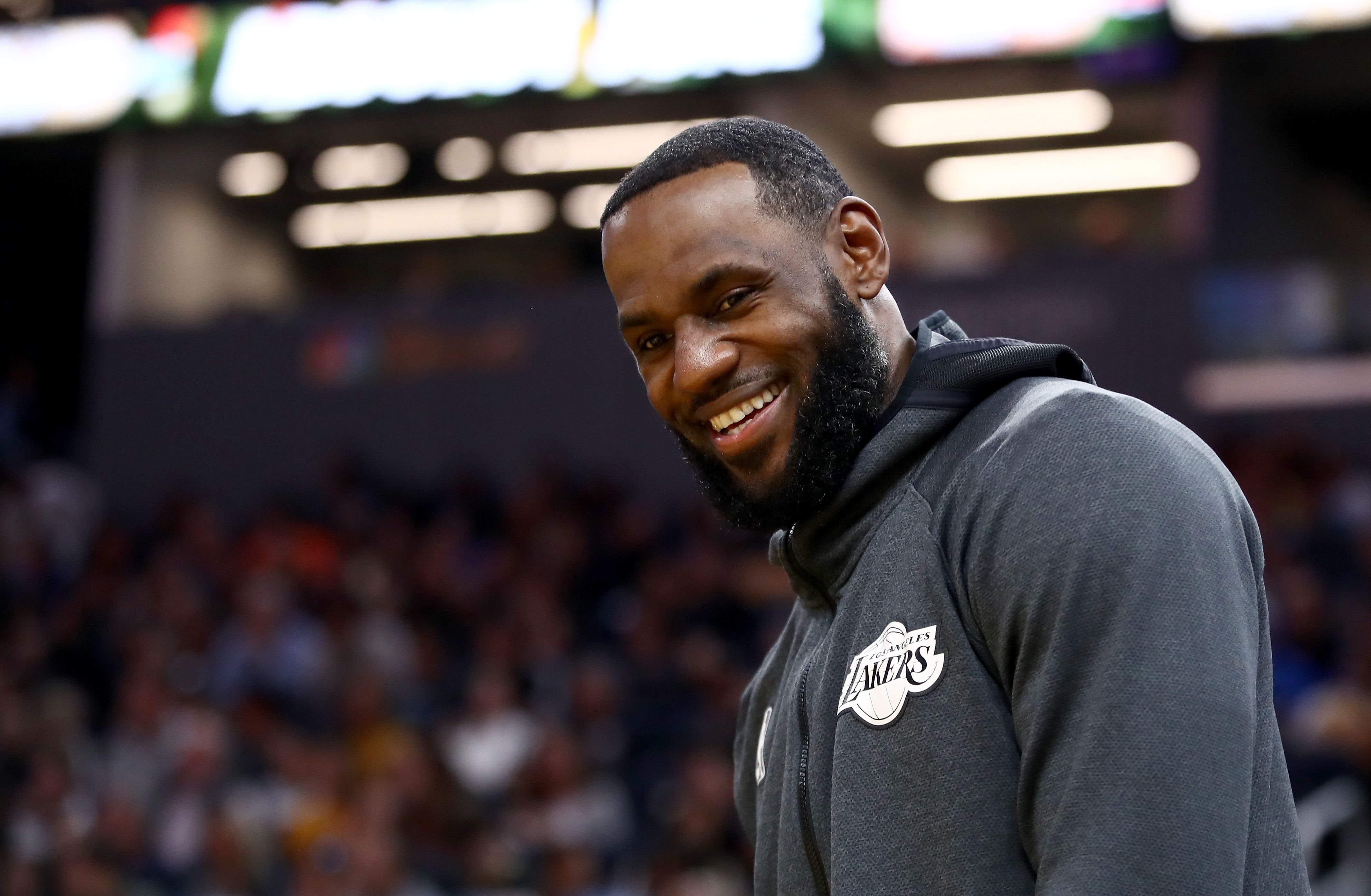 LeBron James during pre-game at a Los Angeles Lakers NBA game | Source: Getty Images/GlobalImagesUkraine