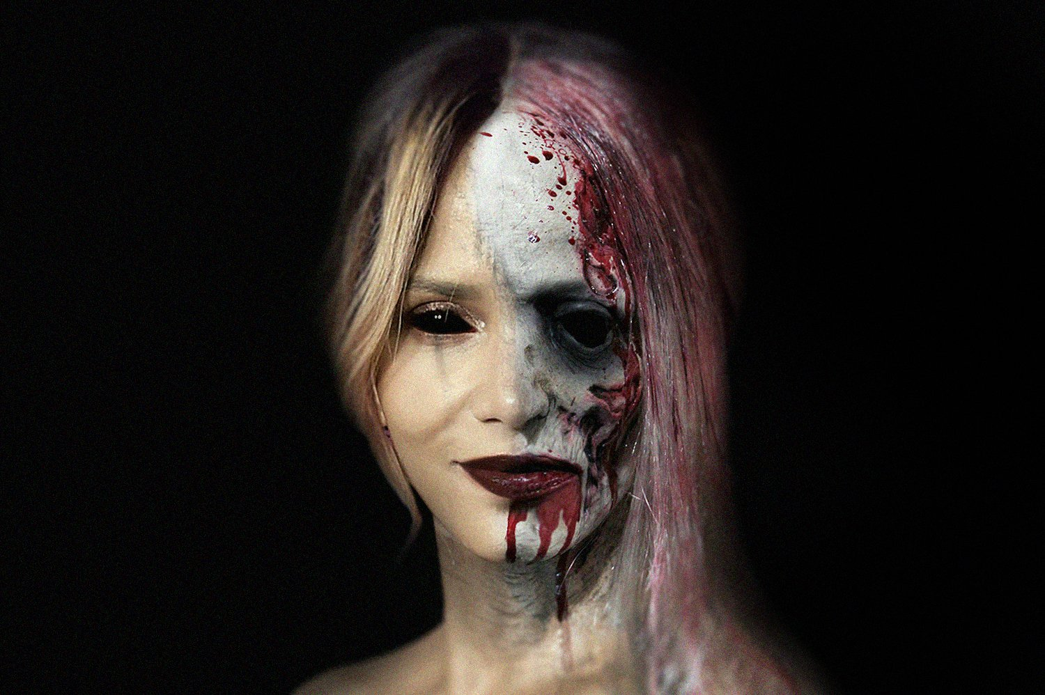 Halle Berry  as a zombie | Source: Getty Images
