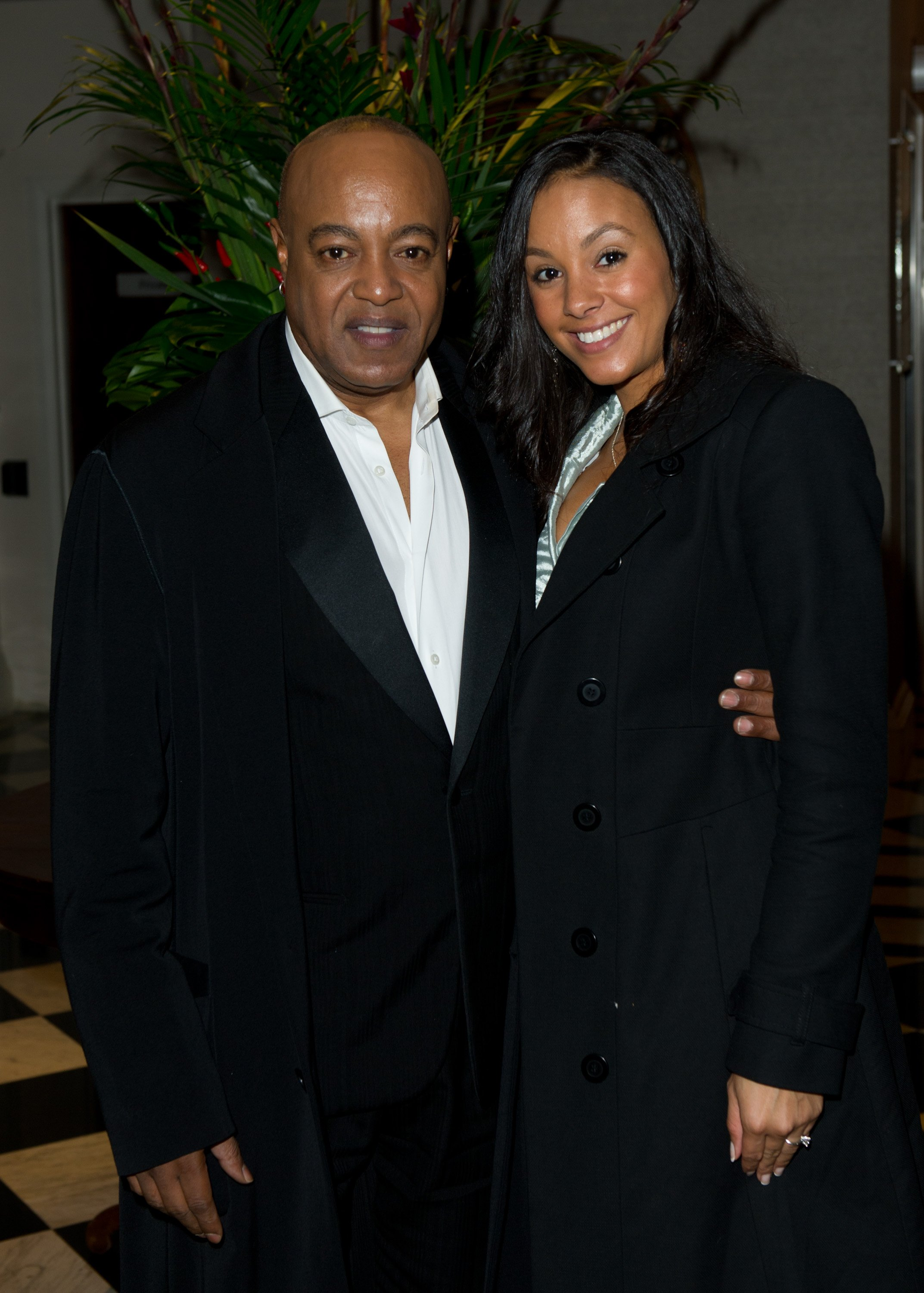 Peabo Bryson and Tonya Boniface at the afterparty of 'Michael Jackson: The Life Of An Icon' at the Connaught Rooms on November 2, 2011 | Photo: GettyImages