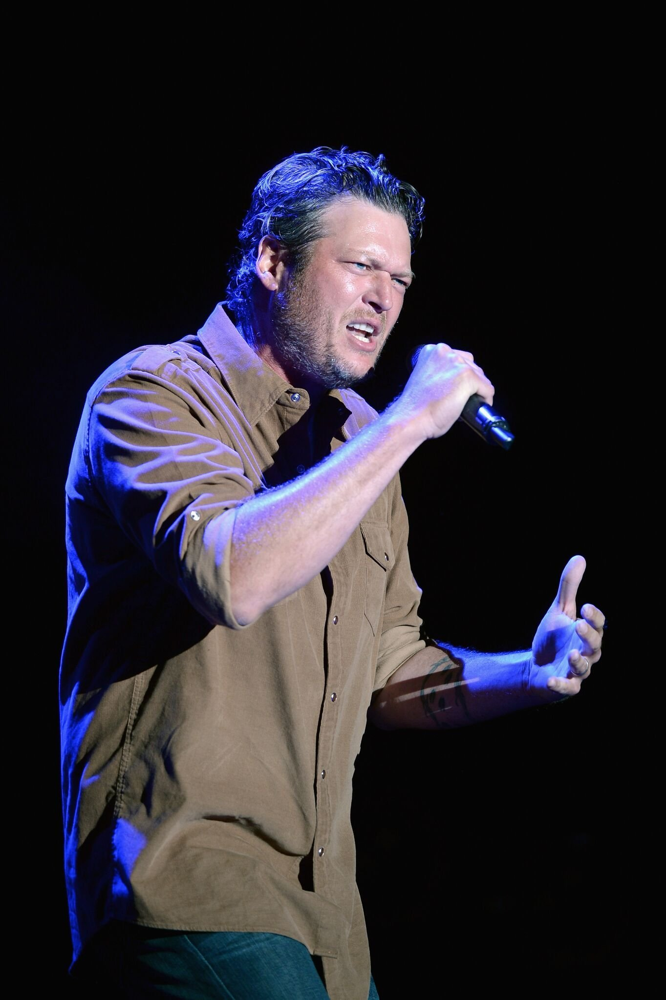 Blake Shelton performs onstage during day 1 of the Big Barrel Country Music Festival | Getty Images