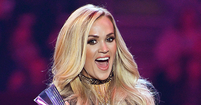 Carrie Underwood's Mom Joins Her Daughter on Stage to Rap Ludacris' Verse on 'The Champion'