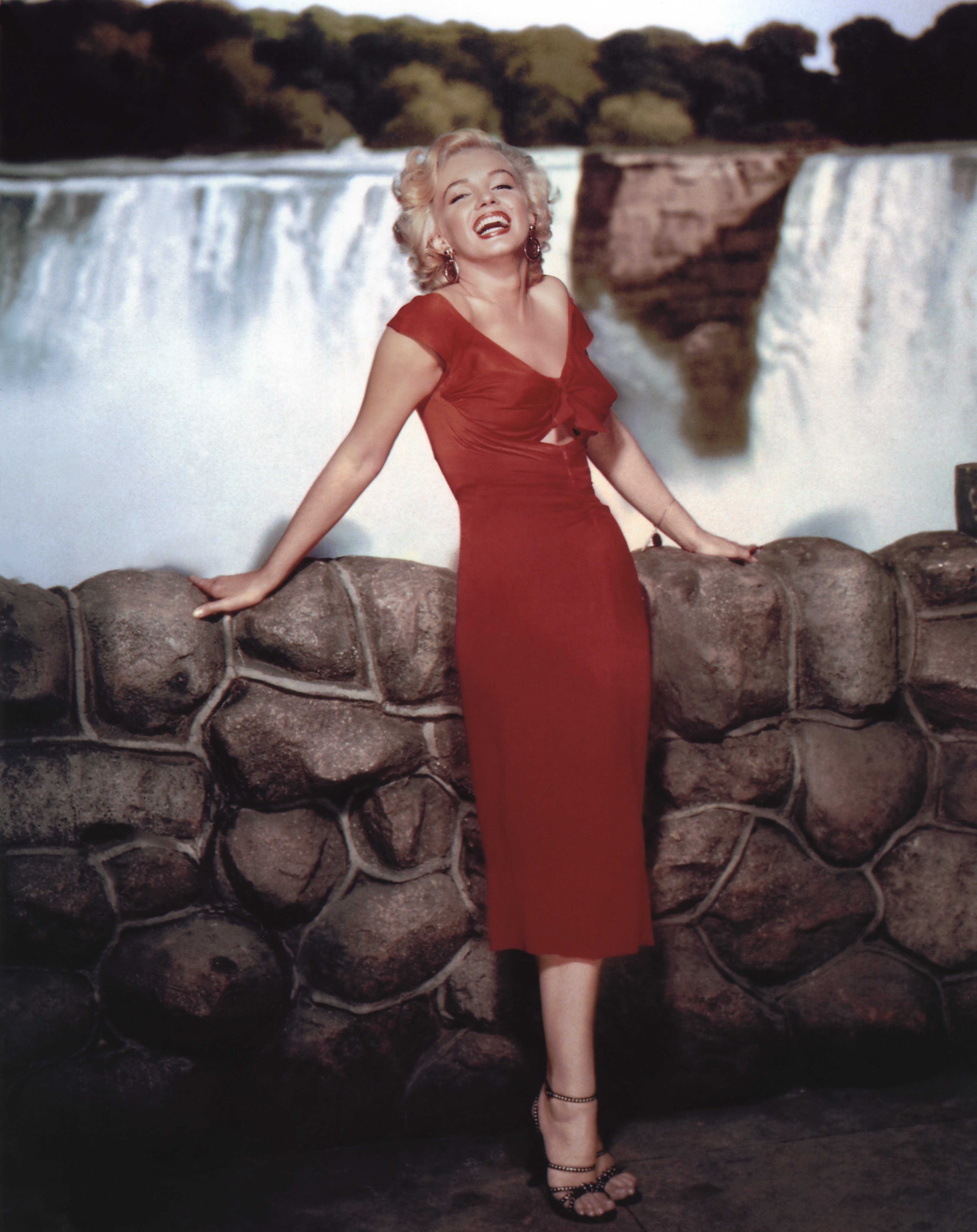 """American actress Marilyn Monroe on the set of """"Niagara"""" in 1952.   Source: Getty Images."""