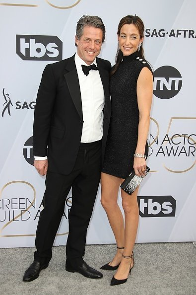 Hugh Grant and Anna Eberstein at The Shrine Auditorium on January 27, 2019 in Los Angeles, California | Photo: Getty Images