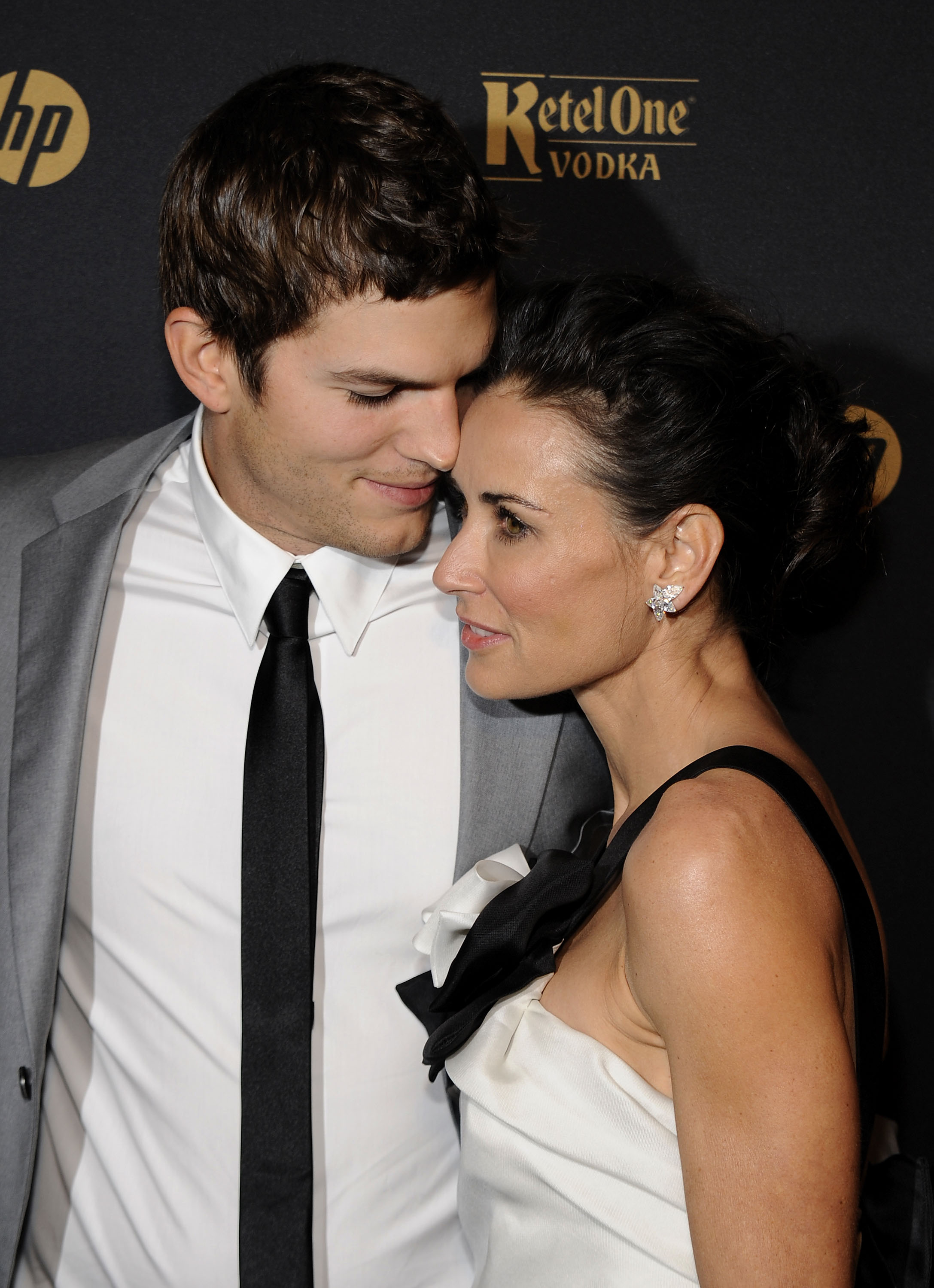 Ashton Kutcher and Demi Moore attend the GQ Gentlemen's Ball 2009 | Source: Getty Images