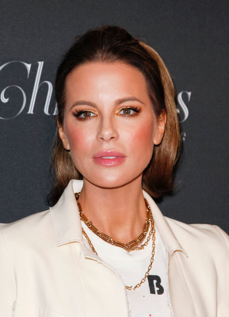 Kate Beckinsale attends Christmas at The Grove: A Festive Tree Lighting at The Grove celebration | Photo: Getty Images
