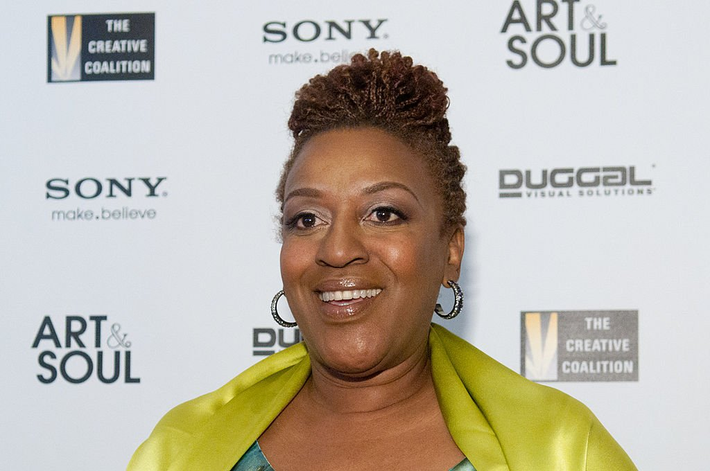 CCH Pounder arrives at the Art & Soul: A Celebration of the American Spirit gala at The Library of Congress on April 29, 2010. | Photo: Getty Images