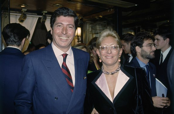 Patrick Balkany et son épouse Isabelle Balkany à la fête de Botero chez Le Fouquet, Paris. | Photo : Getty Images