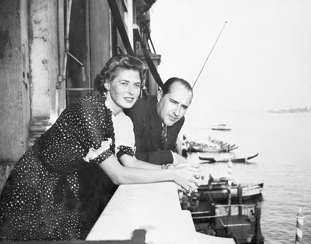 Ingrid Bergman and Roberto Rossellini from a balcony of the Grand Hotel   Photo: Getty Images