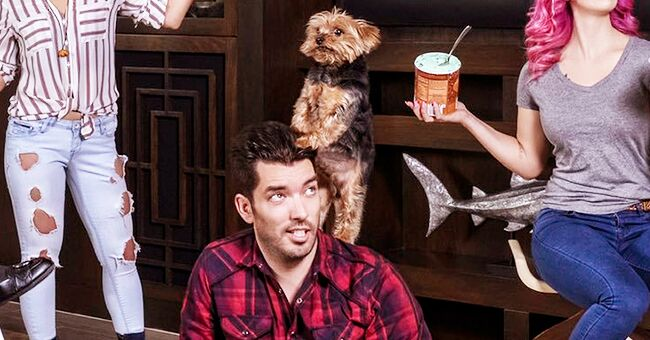 Jonathan Scott from 'Property Brothers' Says He's Thankful to Be Surrounded by His Family and Puppies in Thanksgiving Post