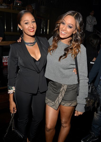Tamera Mowry and Tia Mowry at Emerson Theatre on November 4, 2013 in Hollywood, California. | Photo: Getty Images