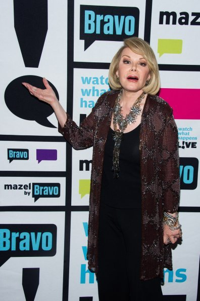 Joan Rivers posing for a photo | Photo: Getty Images