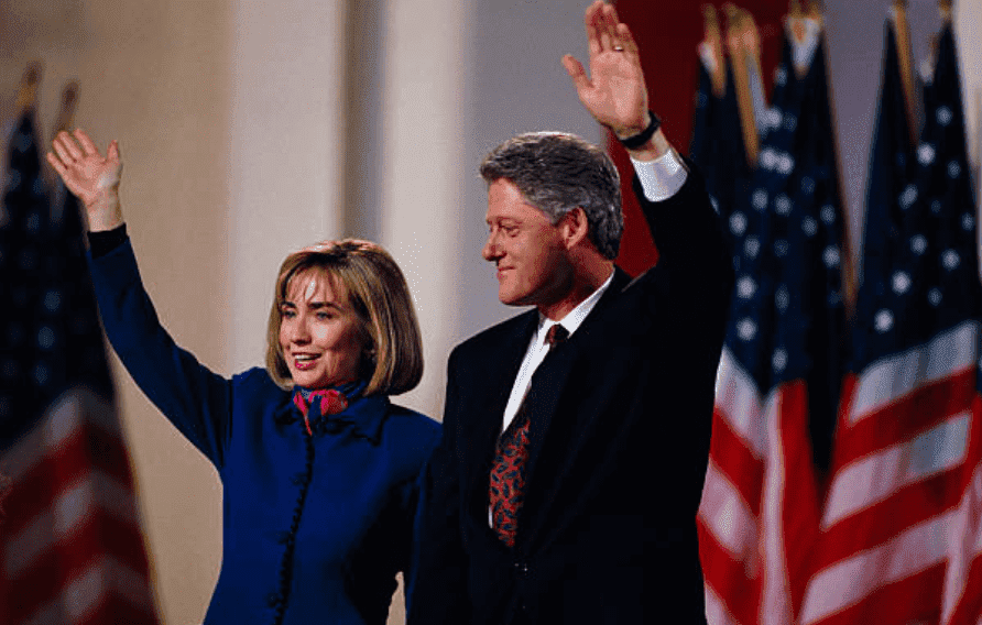 President-elect Bill Clinton and Hillary Clinton wave to the crowd during his victory in the 1992 Presidential election, on November 3, 1992 | Source: Ira Wyman/Sygma via Getty Images)